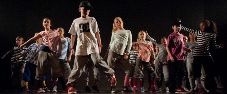 Hip-hop-10-12-år1-e1414149131843